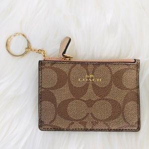 NWT: COACH Mini Skinny ID Wallet Rose Gold strum